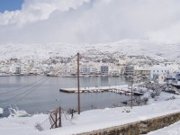 The harbour of Tinos dressed in white